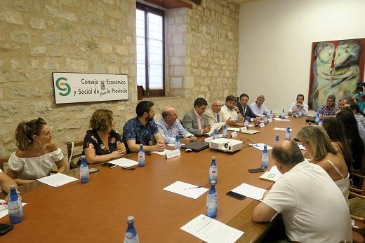 La Diputación solicita al CES Provincial un dictamen sobre la situación de la provincia de Jaén frente al Covid-19.