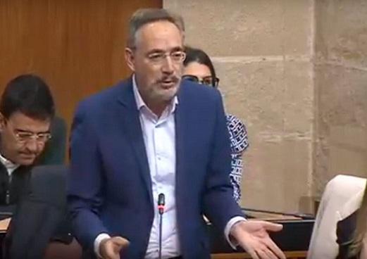 Felipe López exige a la Junta más agilidad y planes de apoyo para el empleo, el turismo, hostelería, jóvenes y autónomos.