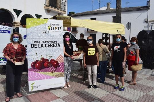 La cereza de Castillo de Locubín llega a Lopera de la mano de Degusta Jaén.