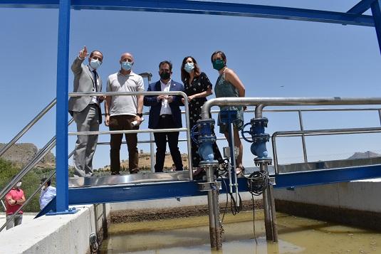 Maribel Lozano destaca la inversión de más de 32 millones para 50 licitaciones de estaciones depuradoras de agua en Jaén.