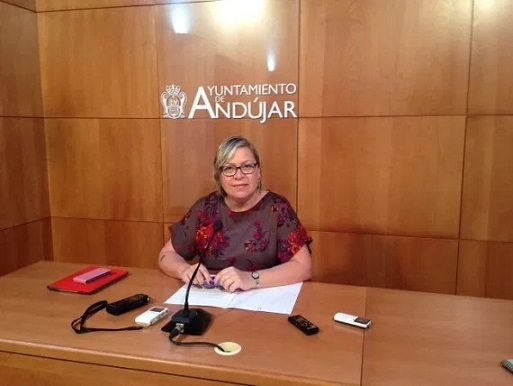 El Ayuntamiento de Andújar pone en marcha un Dispositivo de Atención Social desde el inicio del Estado de Alarma para paliar las consecuencias de la crisis sanitaria.