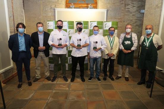 El alumno de la Hacienda La Laguna Juan Ramón Sánchez gana el VI Concurso Andaluz de Jóvenes Cocineros.