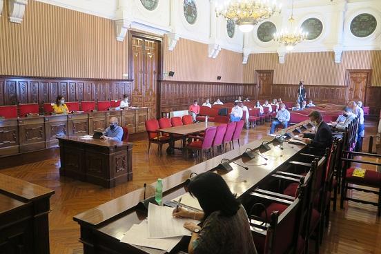El pleno de la Diputación acuerda ceder otros 49.000 metros cuadrados para construir la Ciudad Sanitaria de Jaén.
