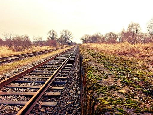 Renfe incorpora más trenes en las relaciones de Media Distancia Sevilla- Cádiz, Madrid-Jaén y Avant Sevilla-Málaga.