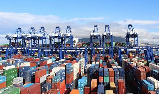 Las exportaciones registran 14.593 millones con un superávit comercial de 2.281 millones.
