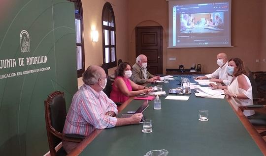 Los consejeros Aguirre e Imbroda mantienen una nueva reunión para perfilar las medidas de una vuelta segura a las aulas.