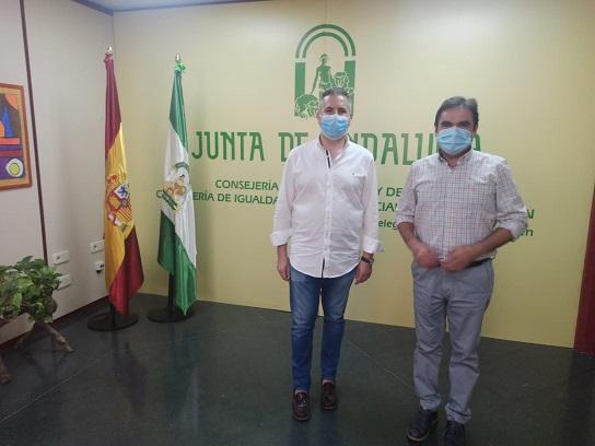 """La Consejería de Educación y el Ayuntamiento de Porcuna trabajan para una """"vuelta al cole"""" segura."""