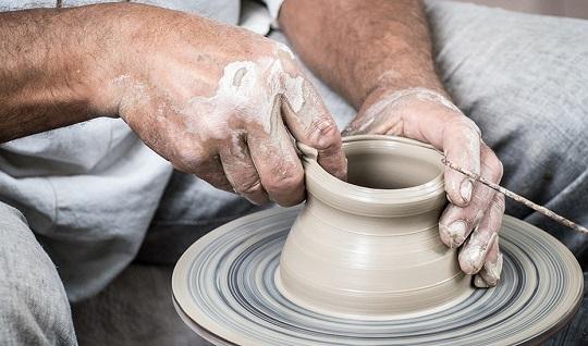 La artesanía andaluza se promocionará con una marca común desde final de año.