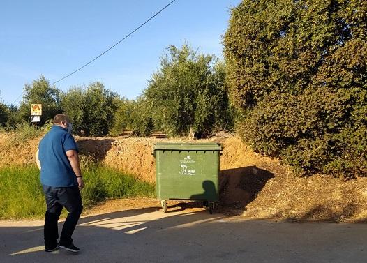 El Ayuntamiento de Andújar continúa tomando medidas para mejorar la limpieza de las zonas diseminadas del Municipio.