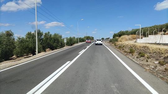 Fomento mejora la señalización de la A-316 y la antigua N-321 en Martos y la A-311 en Andújar.