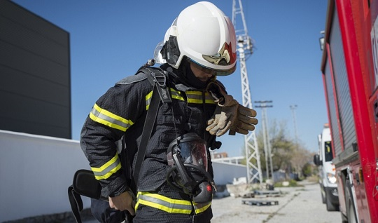 Registrados dos incendios de viviendas en Mengíbar y La Carolina con un varón atendido por los sanitarios.