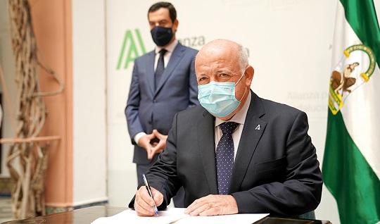 Andalucía garantiza el acceso a medicamentos y terapias novedosas contra la Covid-19.