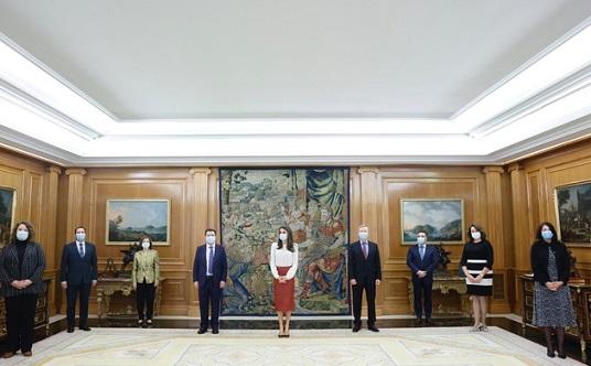 La AEEPP traslada a Su Majestad la Reina Doña Letizia la preocupación por el futuro del sector de los medios de comunicación.