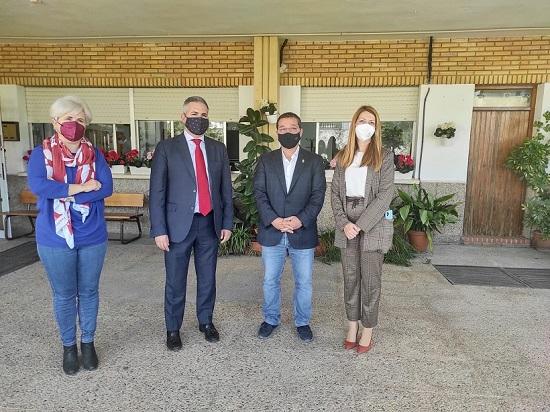Colaboración institucional para mejorar y reforzar la formación profesional en Andújar.