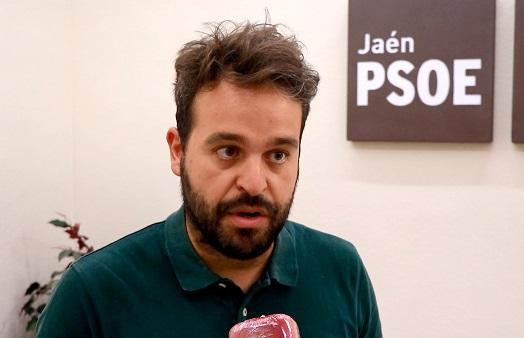 Serrano valora que el Gobierno trabaje en un plan de choque para el turismo y la hostelería y reitera que la Junta tiene la obligación de aprobar ayudas directas.