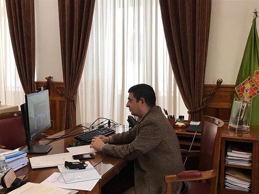 El presidente de la Diputación aborda con responsables de El Corte Inglés el cierre del centro de Linares.