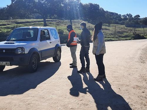 Un programa forma sobre cómo visitar las zonas de reproducción del lince en Sierra Morena.