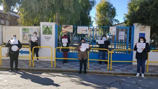 Los 40 comedores escolares de Jaén sin servicio mientras se reanuda en otras provincias.
