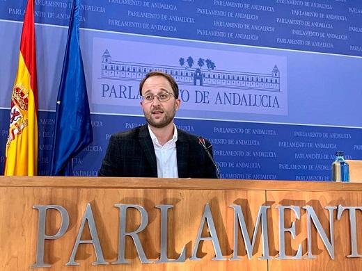 Domínguez celebra los 2,1 millones de euros que recibirá la provincia para continuar con los programas de orientación laboral y acompañamiento a la inserción.