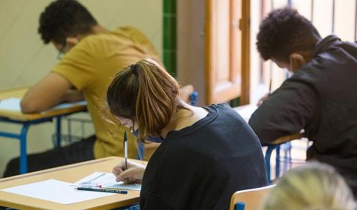Educación incorpora a 460 orientadores para reforzar la plantilla docente pública.