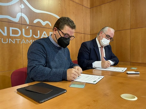 La Junta renueva el convenio para el uso de la tarjeta del Consorcio en el corredor Andújar.