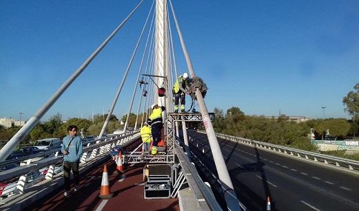 La Junta ha gastado ocho millones de euros en la reparación urgente de puentes en mal estado.