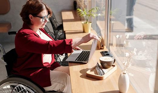Más de 80 millones en la nueva convocatoria de ayudas para contratar personas con discapacidad.