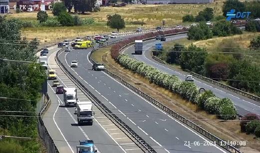 Tres fallecidos y dos heridos en un accidente en la autovía A-4 en Córdoba.