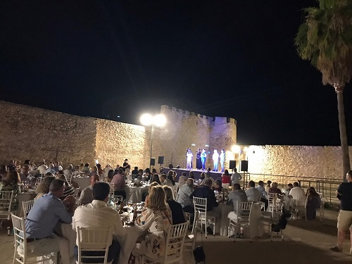 Cocina y patrimonio se fusionan para ofrecer una experiencia única en la IV Noche Gastronómica de Lopera.