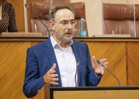 """El Parlamento insta a la Junta """"a acelerar las inversiones para el Puerto Seco de Linares y el área logística de Andújar""""."""