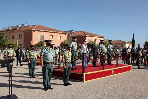 El ministro del Interior preside en Baeza la Jura de Bandera de los guardias civiles alumnos.