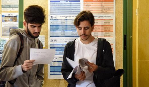 Las titulaciones universitarias más solicitadas en Andalucía son Medicina, Enfermería y Psicología.