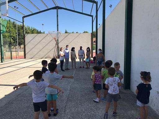 Cerca de 4.000 menores se beneficiarán de las Escuelas de Verano de Diputación, que se desarrollarán en 71 poblaciones.