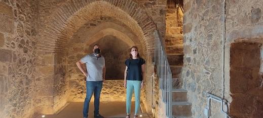 Turismo invierte 60.000 euros en la recuperación y acondicionamiento del torreón medieval de Higuera de Calatrava.