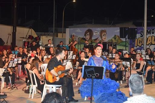 La copla y el flamenco protagonizan un concierto sinfónico en Lopera.