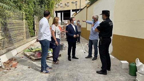 El Ayuntamiento de Andújar mejora la accesibilidad a la jefatura de Policía Local.