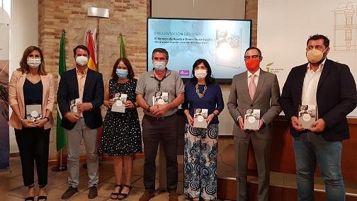 El Aula de Cultura de la Diputación acoge la presentación de un completo manual sobre el Servicio de Ayuda a Domicilio.