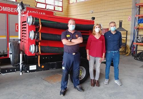 El Ayuntamiento de Andújar aumenta el equipamiento de Bomberos con una nueva bomba de achique.