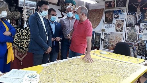 Dos artesanos de La Campiña se suman al Registro de la Junta, que impulsa la calidad, variedad y belleza de productos de la provincia.