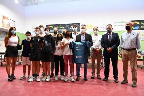 La Junta pone en marcha en Linares un proyecto pionero que unifica educación y deporte de élite.