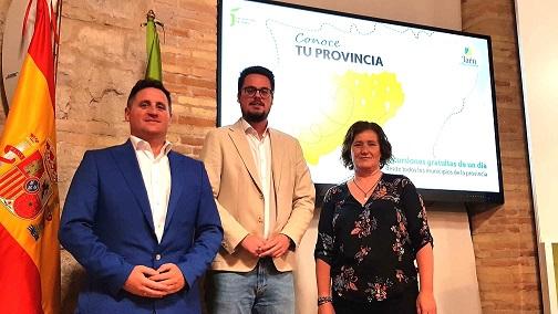 """Más de 5.300 personas disfrutarán de los atractivos turísticos de Jaén con el programa """"Conoce tu provincia""""."""
