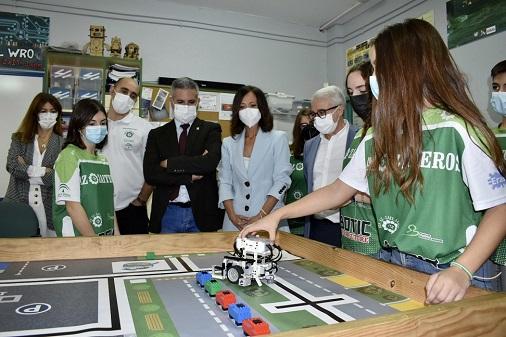 Innovación, tecnología y ciencia para alcanzar la excelencia educativa en los centros de Jaén.