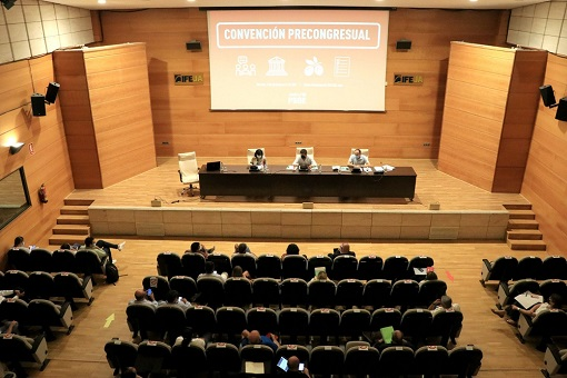 La Delegación de Jaén al Congreso Federal del PSOE debate las más de 1.000 enmiendas a la Ponencia Marco presentadas por las agrupaciones.