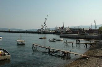 Werfthafen am Ortsende