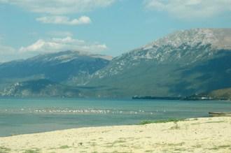 Südufer mit Blick auf Mazedonien