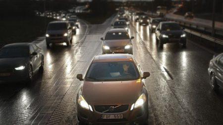 Selvkjørende Volvo: PÅ VEIEN ALLEREDE: Volvo lover å ha en selvkjørende bil klar for salg i 2020. (Foto: Volvo)