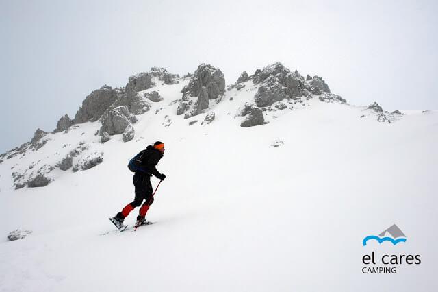 Rutas con raquetas de nieve en los Picos de Europa
