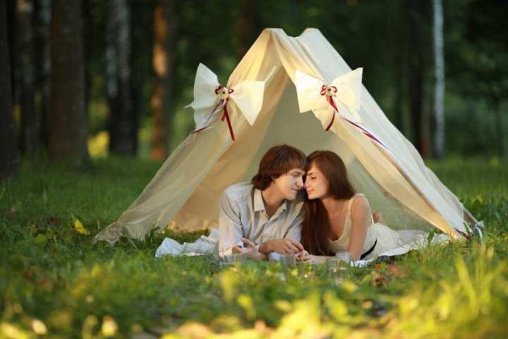 Romantic Camping Date 1