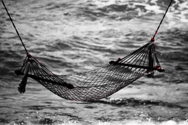 Image of cons of hammock camping