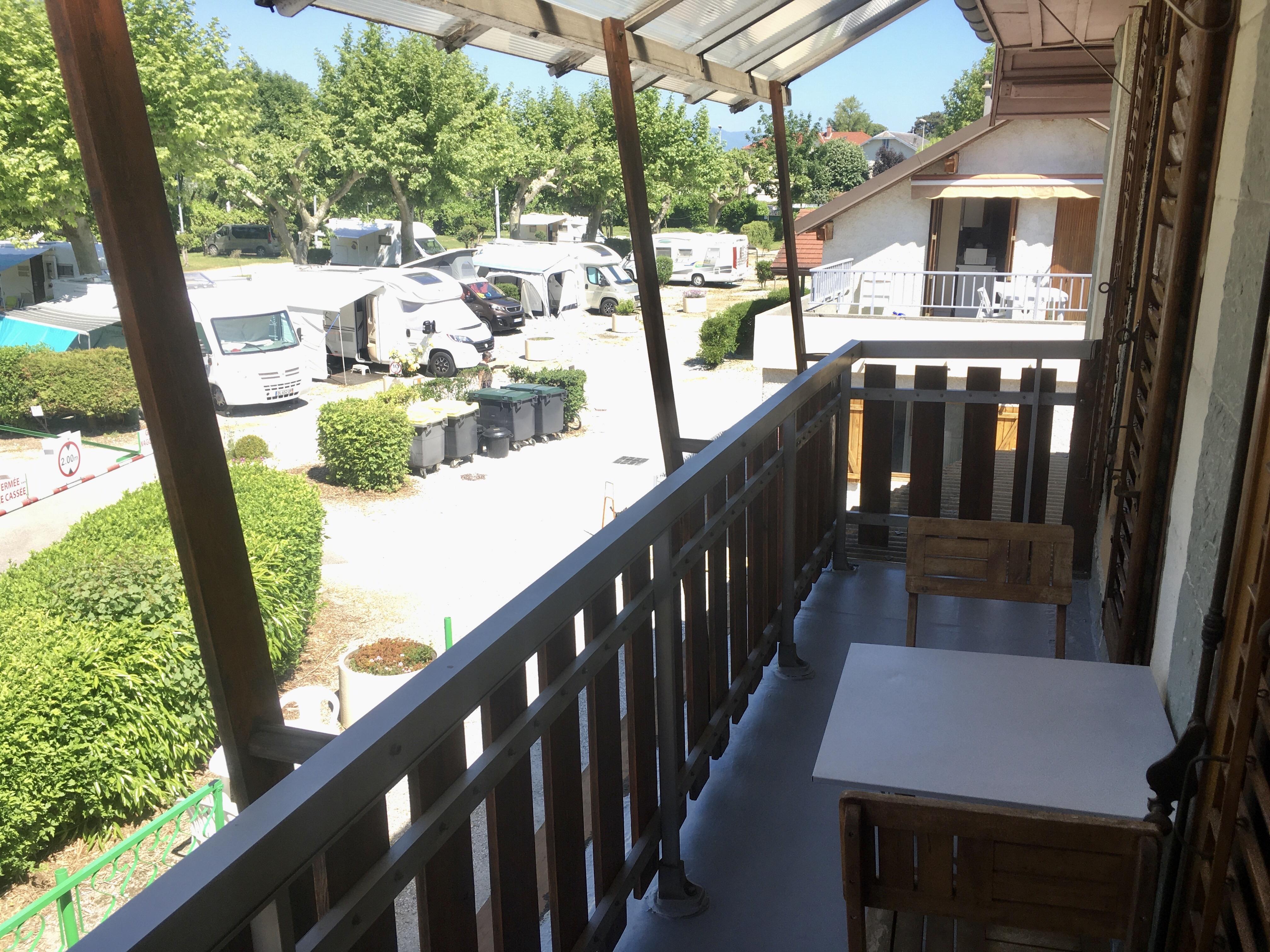 Hébergement curiste Le Chat - Balcon